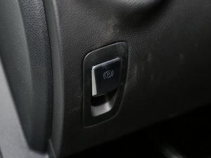 2017款改款 C 200 4MATIC 运动版 驻车制动器