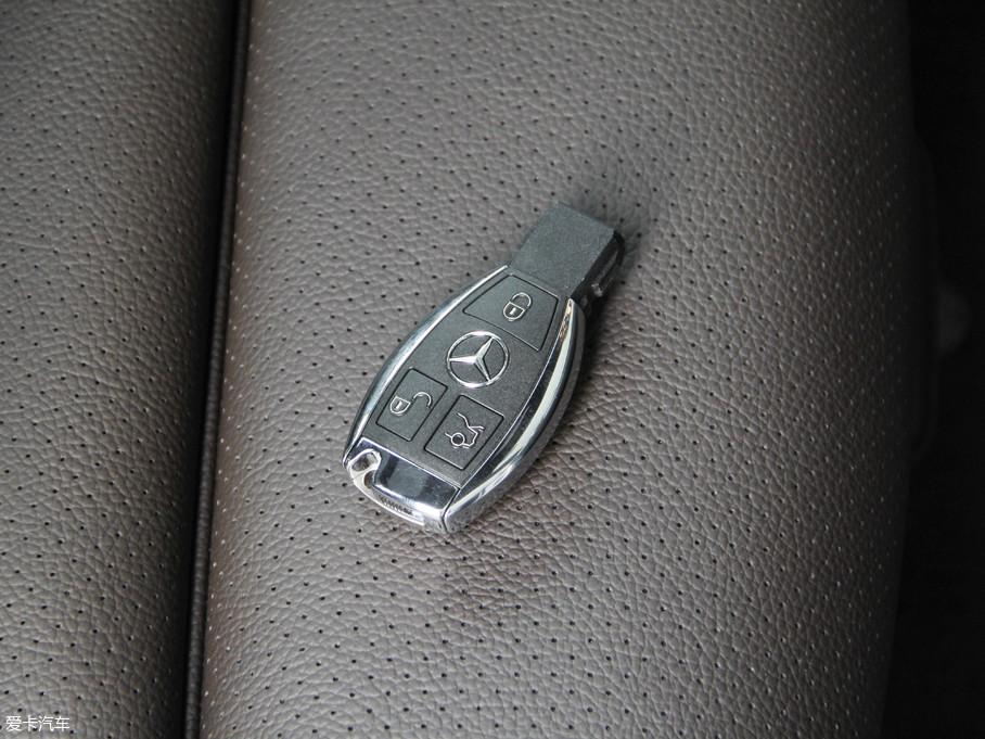 2018款奔驰GLC级GLC 260 4MATIC 豪华型