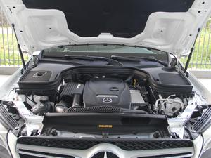 2018款GLC 260 4MATIC 豪华型 发动机