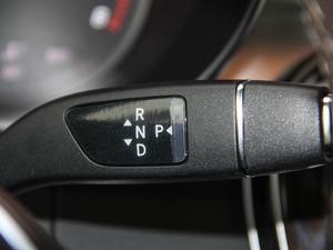 2018款GLC 260 4MATIC 动感型 变速挡杆
