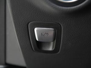 2018款GLC 260 4MATIC 动感型 驻车制动器