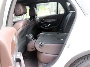 2018款GLC 300 4MATIC 动感型 后排座椅放倒