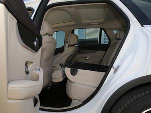 2018款改款 GLC 300 4MATIC 动感型 后排座椅放倒