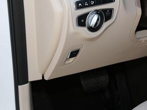2018款改款 GLC 300 4MATIC 动感型 驻车制动器