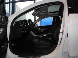 2018款C 200  L 4MATIC 运动版 前排空间