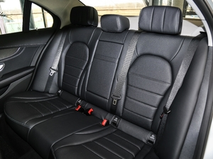 2018款C 200 L 运动版 后排座椅