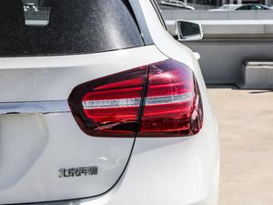 2018款GLA 200 动感型 尾灯