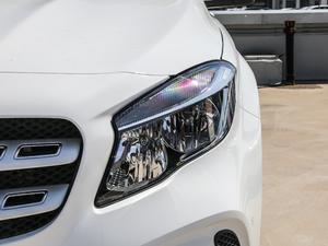 2018款GLA 200 动感型 头灯