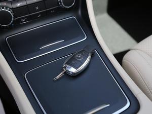 2018款GLA 200 动感型 钥匙