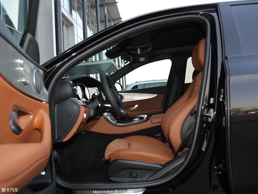 2018款奔驰E级E 200 运动版