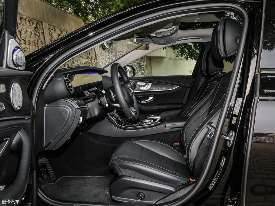 2018款奔驰E级改款 E 320 L 运动型 4MATIC