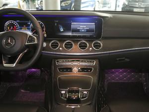 2018款E 300L 运动豪华型 中控台