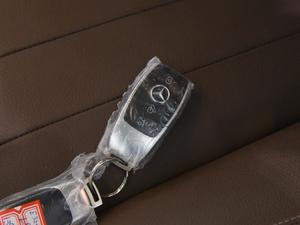 2018款E 320L 4MATIC 钥匙