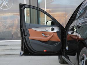 2018款E 200 运动版 驾驶位车门