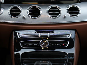2018款E 200 运动版 空调调节