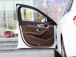 2018款E 300L 豪华型 驾驶位车门