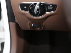 2018款E 300L 豪华型 驻车制动器