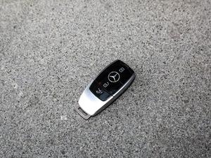 2018款E 300L 豪华型 钥匙
