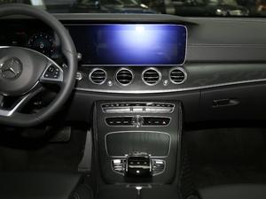 2018款改款 E 200 L 运动型 中控台