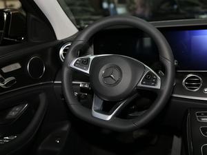 2018款改款 E 200 L 运动型 方向盘