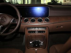 2018款改款 E 300 L 豪华型 中控台