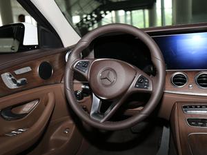 2018款改款 E 300 L 豪华型 方向盘