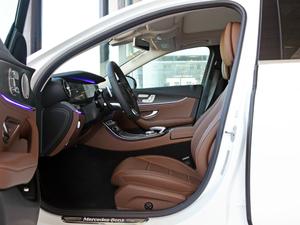 2018款改款 E 300 L 运动豪华型 前排空间