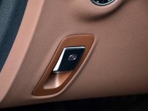 2018款改款 E 300 L 运动豪华型 驻车制动器