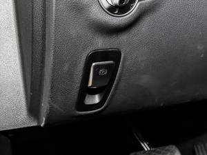 2018款改款 E 320 L 运动型 4MATIC 驻车制动器