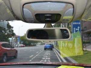 2018款定制版 1.8T DCT尊贵型 车内后视镜