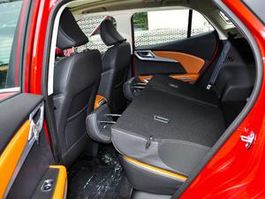2018款1.5L CVT尊贵型 后排座椅放倒