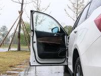 空间座椅众泰T600驾驶位车门