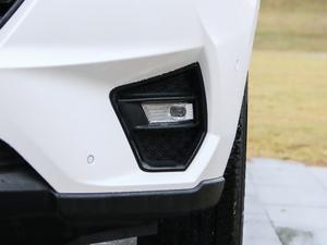 2019款1.5T 自动尊贵型 雾灯