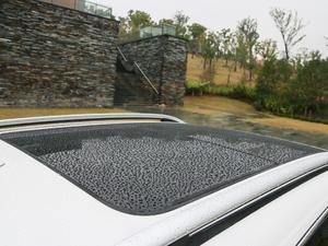 2019款1.5T 自动尊贵型 车顶