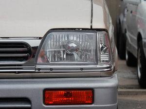 2011款0.8L 手动尊贵版 头灯