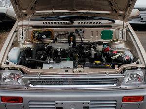 2011款0.8L 手动尊贵版 发动机