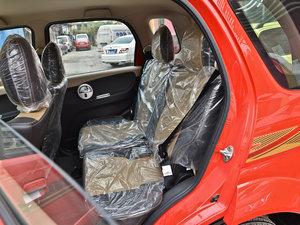 2013款1.3L 手动都市版 后排座椅