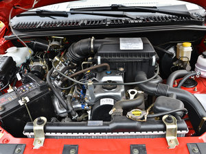 2013款1.3L 手动都市版 发动机