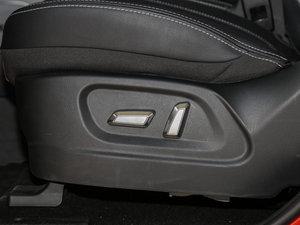 2016款电动车 座椅调节