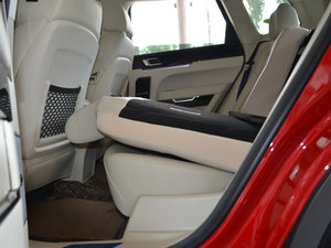 2017款1.8T 自动旗舰型 后排座椅放倒