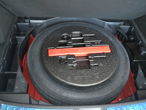 2017款1.8T 自动旗舰型 备胎