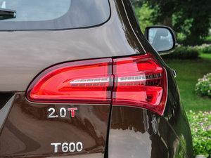 2016款运动版 2.0T 自动尊贵型 尾灯