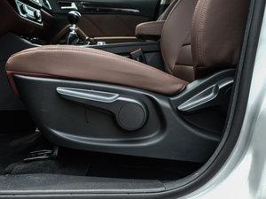 2016款运动版 1.5T 手动豪华型 座椅调节