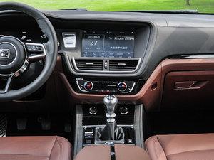 2016款运动版 1.5T 手动尊贵型 中控台