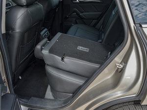 2016款运动版 2.0T 手动尊享型 后排座椅放倒