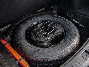 2016款运动版 2.0T 手动尊享型 备胎