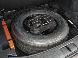 2016款运动版 2.0T 手动尊贵型 备胎
