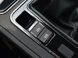 2016款运动版 2.0T 手动豪华型 驻车制动器