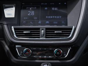 2016款运动版 2.0T 手动豪华型 空调出风口