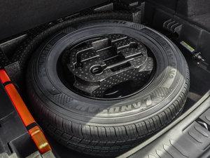 2016款运动版 2.0T 手动豪华型 备胎